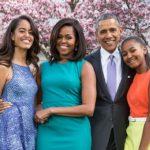 DER KURIER: Obamovy dcery v šatech za 20.000 EUR