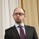 UKRAJINA: Bývalý premiér Jaceňuk vyšetřován kvůli úplatku 3 mil. USD
