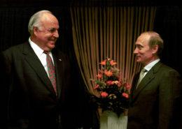 Helmut Kohl s Vladimirem Putinem v roce 2000; Foto: Kancelář prezidenta Ruské federace