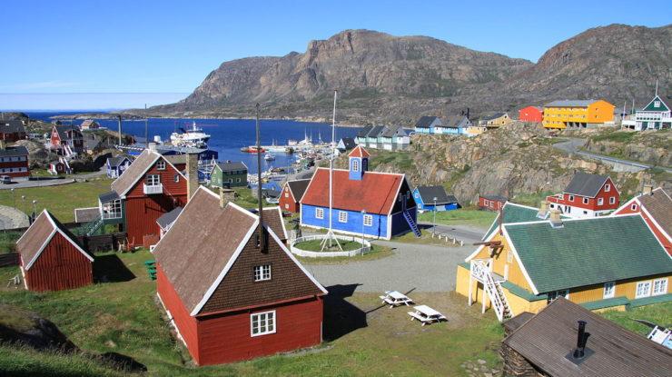 Grónský přístav Sisimiut; Foto: Chmee2 / Valtameri, Wikimedia Commons