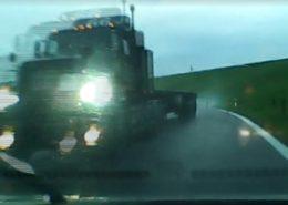 Nehoda vozidla americké armády na Slovensku; Foto: repro TV JOJ
