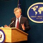 THE TIMES: Trumpa unavuje Boltonova snaha zatáhnout USA do války