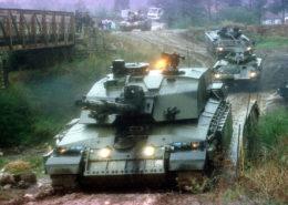 Válka v Kosovu; Foto: PO [Phot] Lewis.SJ/MOD / Wikimedia Commons