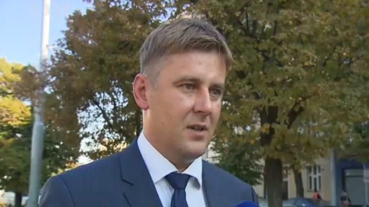 Ministr zahraničí Tomáš Petříček (ČSSD); Foto: repro Česká televize