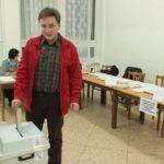 DEBAKL: Občané odmítli Senát, k urnám přišlo jen 16,5% voličů