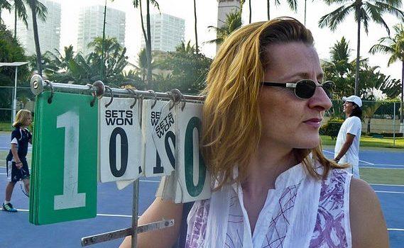 Moderátorka DVTV Daniela Drtinová; Foto: Petr Tomaides, Wikimedia Commons
