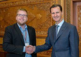 Předseda Českého mírového hnutí Milan Krajči se syrským prezidentem Bašárem al-Asadem; Foto: Facebook