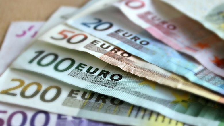 SPRAVEDLNOST?: Ukrajinský poslanec chtěl v Praze platit falešnými eury. Byl propuštěn bez trestu