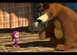 Záběr z pohádky Máša a medvěd; Repro: YouTube