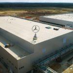 ÚSPĚCH: Mercedes-Benz postavil v Rusku nový výrobní závod. Sankcím navzdory