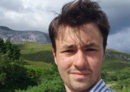 Mladý levicový politik Andrej Bóna; Foto: Medium.com