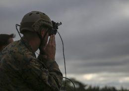 Testování brýlí Microsoft HoloLens americkou armádou; Foto: Sgt. Kaitlyn Klein, americká armáda / Wikimedia Commons