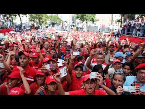 Demonstrace ve Venezuele na podporu legálně zvoleného prezidenta Nicoláse Madura; Reprofoto: YouTube.com