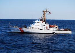 Americká strážní loď Island; Foto: Rnendza / Wikimedia Commons