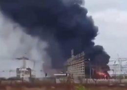 Požár rozvodny elektřiny ve Venezuele; Foto: to: Twitter/@FransedeCastro