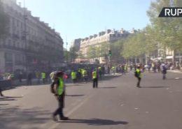 ŽIVĚ/VIDEO: Žluté vesty protestují ve Francii již dvacátý třetí víkend