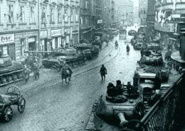 Sovětská armáda v Ostravě; Foto: moderni-dejiny.cz