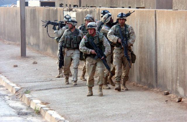 Američtí vojáci v Iráku; Foto: Americká armáda / Wikimedia Commons