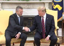 Slovenský premiér Peter Pellegrini na návštěvě u prezidenta USA Donalda Trumpa; Foto: repro YouTube (AP)