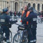 LE FIGARO: Poslanci bijí na poplach, radikální islám pronikl do francouzské policie