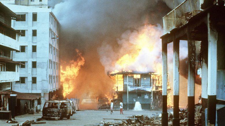 Boje v Panamě během invaze USA v roce 1989; Foto: SPEC. MORLAND / Wikimedia Commons