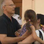 VIDEO: Američan nechal exekutorem odebrat dítě české matce. Naše úřady nezasáhly