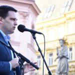 Europoslanec Zdechovský chce ŽALOVAT EK kvůli zdanění církevních restitucí