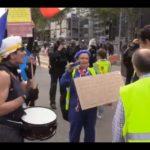 ŽIVĚ/VIDEO: V Paříži začala další demonstrace Žlutých vest