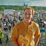 HULVÁTSTVÍ: Lídr spolku Milion chvilek roztrhal Ústavu ČR