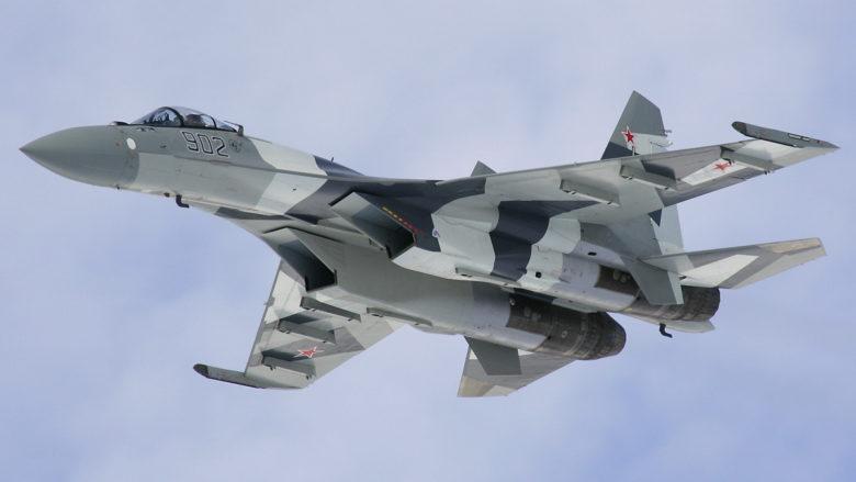 Víceúčelový ruský stíhací letoun Suchoj Su-35S (Su-35BM); Foto: Dmitriy Pichugin / Wikimedia Commons