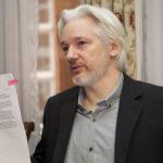 WIKILEAKS: Julian Assange je vězněn v horších podmínkách než teroristé