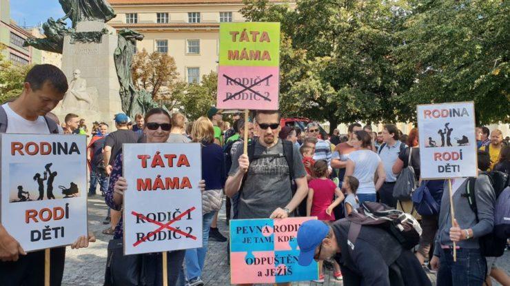 Účastníci pochodu pro rodinu; Foto: Vladimír Franta / Sputnik