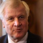 NĚMECKO: Migranty musí přijímat všechny členské země EU