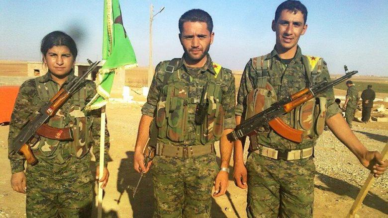 Kurdští bojovníci; Foto: Biji Kurdistan / Wikimedia Commons