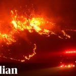VIDEO: Evakuace před postupujícími požáry v Kalifornii