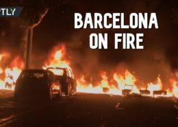 VIDEO: Barcelona v plamenech