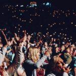 BIZÁR: Studenti v britském Oxfordu si odhlasovali zákaz tleskání