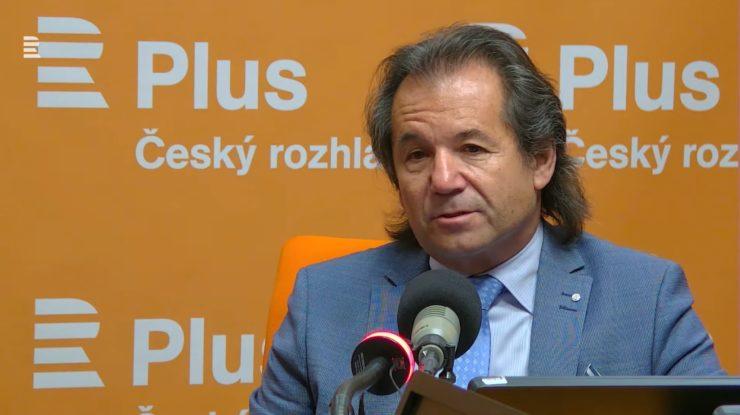 Bezpečnostní analytik Andor Šándor; Foto: Repro YouTube Český rozhlas