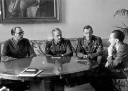 Generál Vlasov s říšským ministrem propagandy Josephem Goebbelsem; Foto: Deutsches Bundesarchiv / Wikimedia Commons