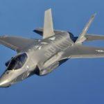 USA: F-35 Lightning II vadí blesky, nesmí proto létat v bouřkách