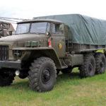 LEGENDA: Ruské náklaďáky Ural se vyrábějí už téměř 80 let