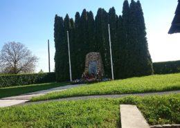 Pomník zákřovské tragédie; Foto: Kubabuba02 / Wikimedia Commons