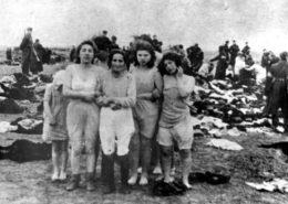 Masakr Židů u lotyšského města Libava v roce 1941; Foto: Bundesarchiv