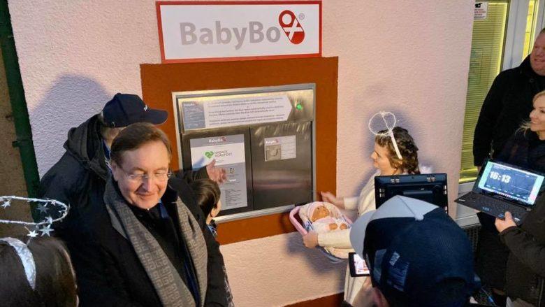 BabyBox ve vinohradské nemocnici v Praze; Foto: Profil Nadace Agrofert na sociální síti