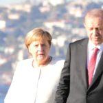 Merkelová se setkala s DIKTÁTOREM ERDOGANEM. Invaze do Sýrie je zapomenuta