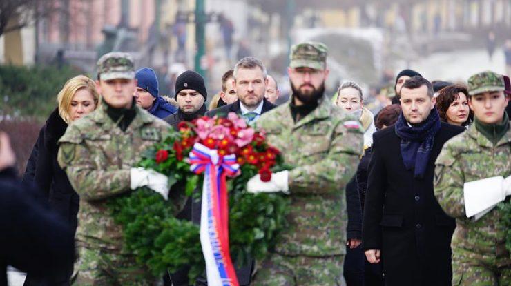 Slovenský premiér Peter Pellegrini na pietním aktu v Prešově; Foto: Profil Petera Pellegriniho na sociální síti