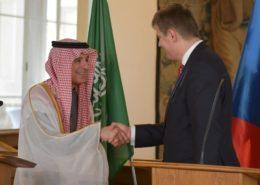 Zástupce saúdské vlády, ministr Adel Aljubeira u ministra zahraničí Tomáše Petříčka; Foto: Profil T. Petříčka na sociální síti