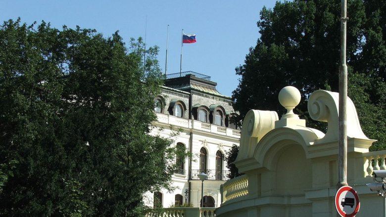 Velvyslanectví Ruska v Praze; Foto: Hynek Moravec / Wikimedia Commons