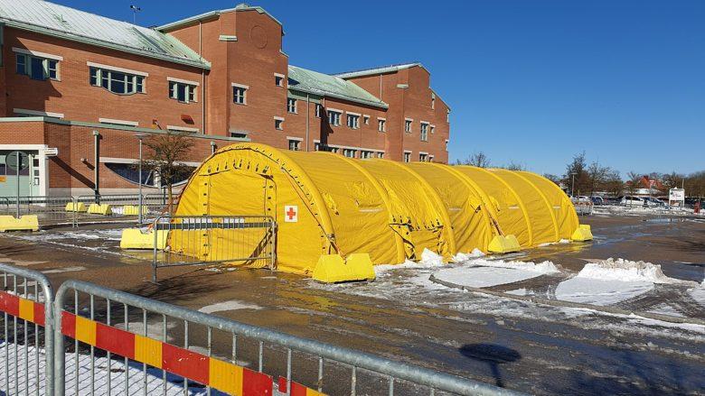 Provizorní nemocnice ve švédském městě Visby; Foto: VisbyStar / Wikimedia Commons