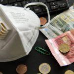 KORONAVIRUS: Krajským radním z Hradce Králové nevyšel nákup 200 tisíc respirátorů z USA